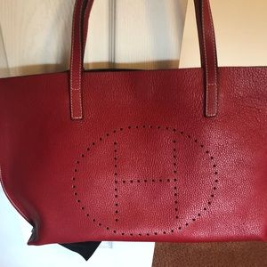 Handbags - Gorgeous leather tote